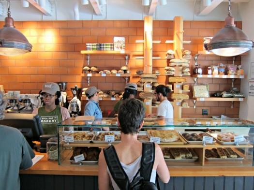 sullivan-street-bakery-chelsea-jim-lahey-1-525x393